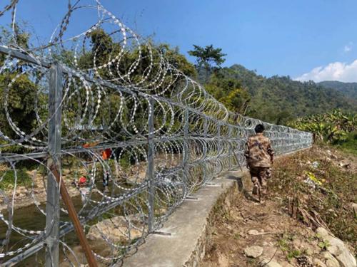 边境铁丝网